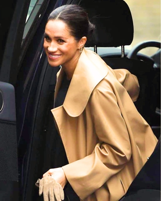 meghan markle style, meghan markle style blog, meghan markle style file, meghan markle style tips, meghan markle fashion style, where to buy meghan markle clothes, meghan markle, meghan markle latest news, duchess of sussex, duchess of sussex news, duchess of sussex dress, duchess of sussex mayhew, duchess of sussex website, meghan duchess of sussex, duchess of sussex patronages, how to address duchess of sussex, duchess of sussex home, royal duties, how to meet royal family, life of the british royal family, the royal family, royal family life, the royal household website, duchess of sussex patronages, royal family patronages, understanding the royal family, british royal family, british royal family news, british royal family members,